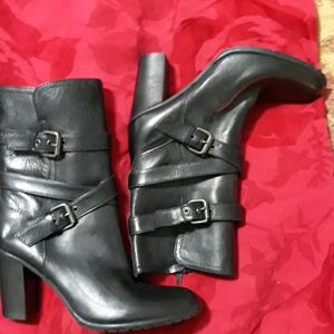 Italian leather ankle boots brand